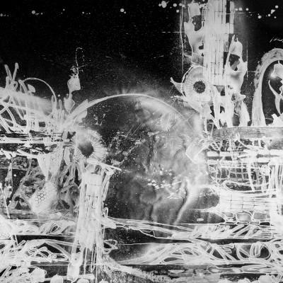 LIVING IN SPACE, acrylique, aérosol et marker sur toile 200 x 400 cm, 2015